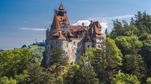 Junk Drawer – Dracula's castle in Romania offers tourists a couple of jabs